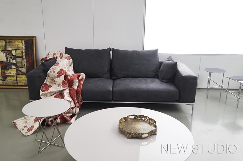 акция на итальянские диваны в New Studio